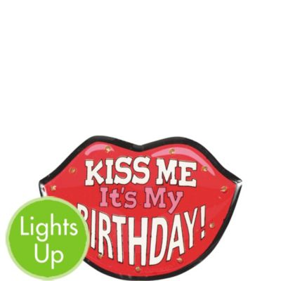 Light-Up Kiss Me It's My Birthday Button