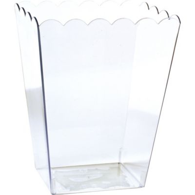 CLEAR Plastic Scalloped Container
