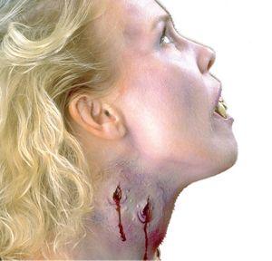Everlasting Kiss Vampire Makeup Kit