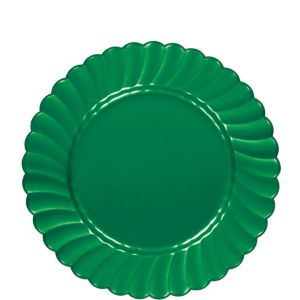 Festive Green Premium Plastic Scalloped Lunch Plates 12ct