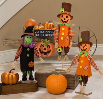 friendly standing halloween decorating kit