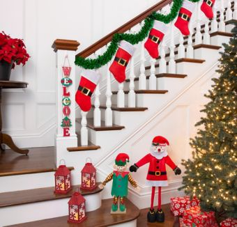 Santa Stairway Decorating Kit