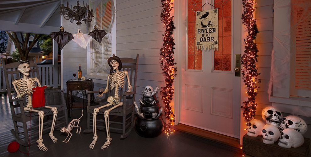 Skeletons and Skulls Party Supplies #2