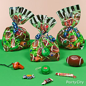 Football Favor Pack for 8 Idea