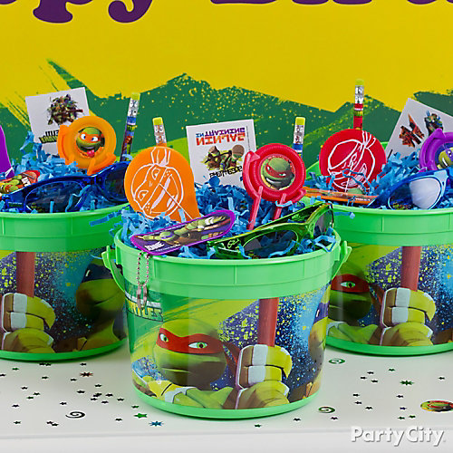 Teenage mutant ninja turtles favor bucket idea party city for Tmnt decorations