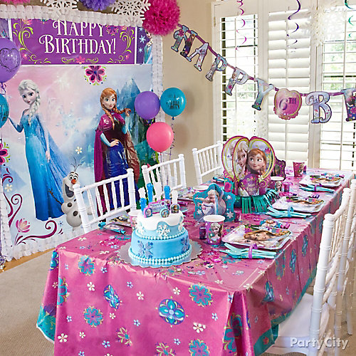 frozen party table idea - Frozen Halloween Decorations