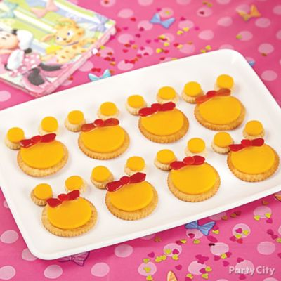 Minnie Mouse Cheese & Crackers How To