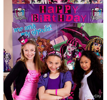 Monster High Photo Booth Idea