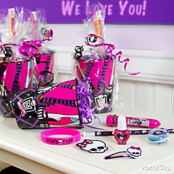 Monster High Favor Cup Idea