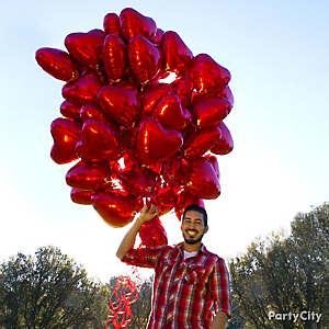Red Heart Balloon Bouquet Idea