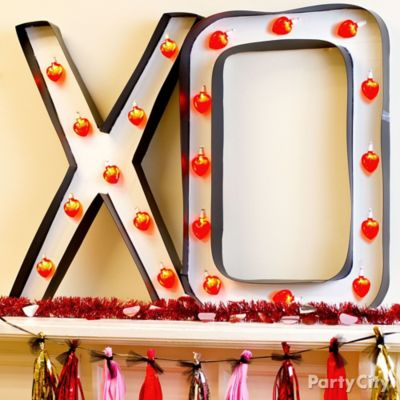 DIY XO Light Up Marquee Idea