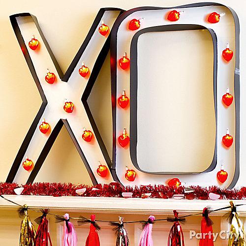 DIY XO Light Up Marquee Idea