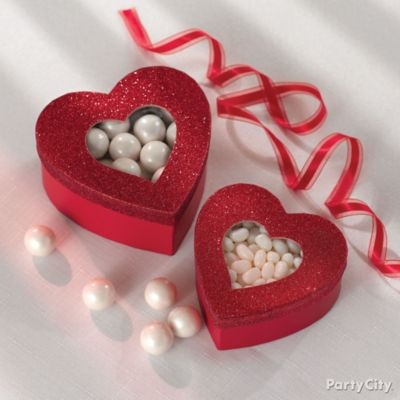 Valentine's Day Heart Candy Boxes Idea