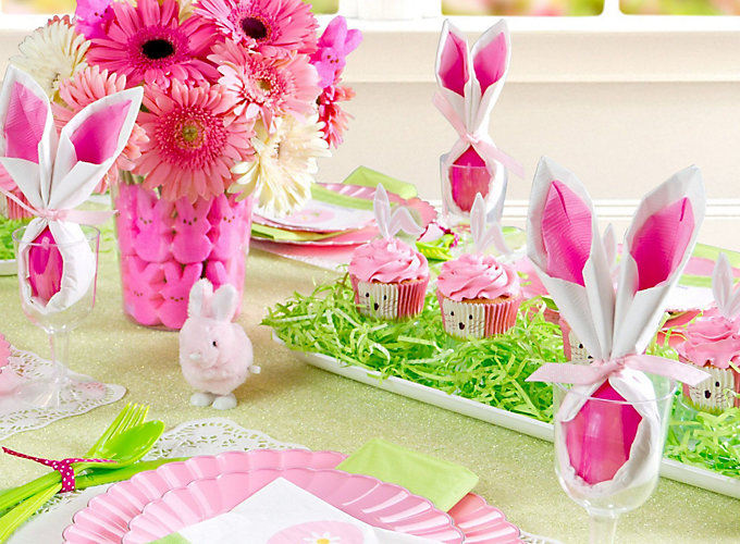 Pink and Green Easter Tablescape Ideas