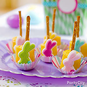 Easter Bunny Marshmallow Pretzel Pops Idea