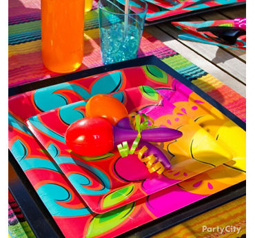 Fiesta Table Settings Idea