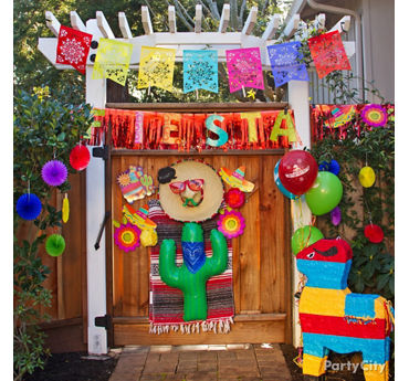 Fiesta Entrance Decorating Ideas