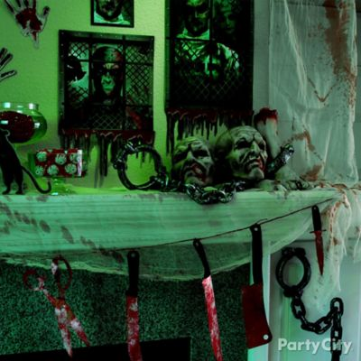 Halloween Asylum Bloody Knives Garland DIY