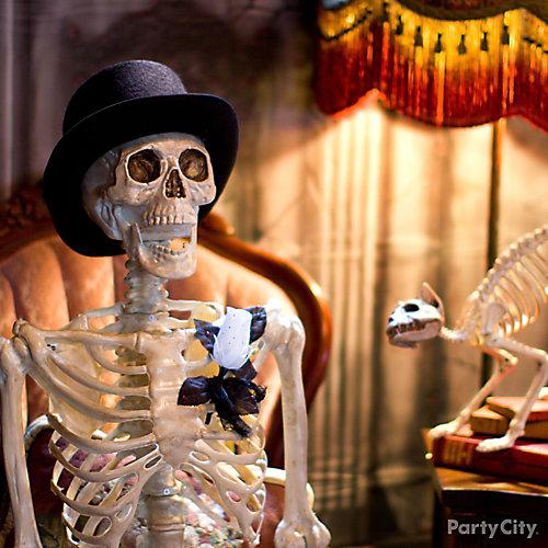 Haunted House Gentleman Skeleton Idea