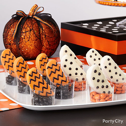 Modern Halloween Chevron and Dot Candy Apple Slices How To