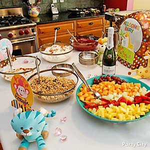 Jungle Theme Baby Shower Buffet Idea
