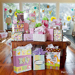Jungle Theme Baby Shower Gift Table Idea