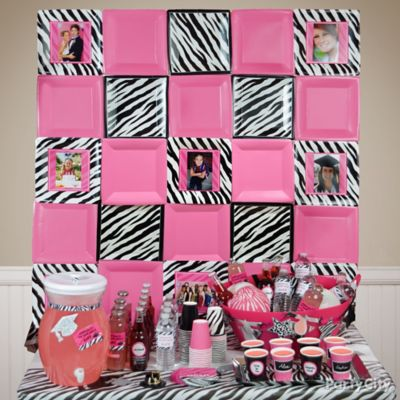 Pink and Zebra Plate Wall Photo Decoration Idea