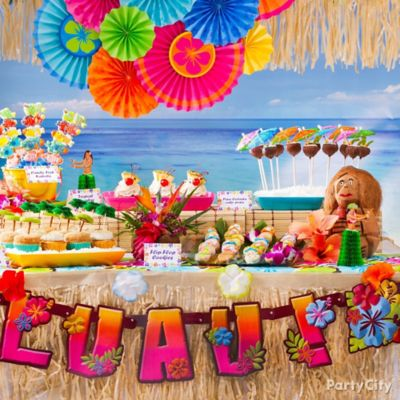 Luau Treats Table Idea