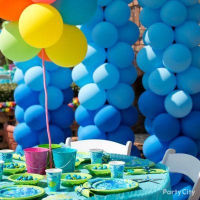 DIY Tropical Blue Balloon Topiary Idea