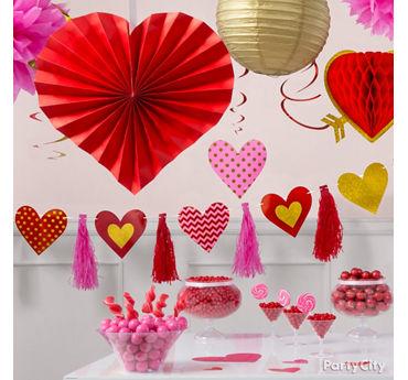 Heartfelt Decorations Idea