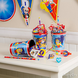 DC Super Hero Girls Favor Cup Idea