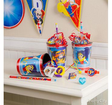 DC Super Hero Girls Favor Cup Idea