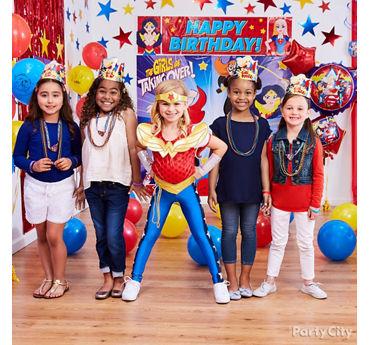DC Super Hero Girls Dress Up Idea