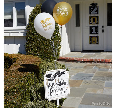 Graduation Entrance Decorating Idea