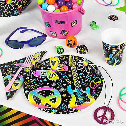 Neon Doodle Place Setting Idea