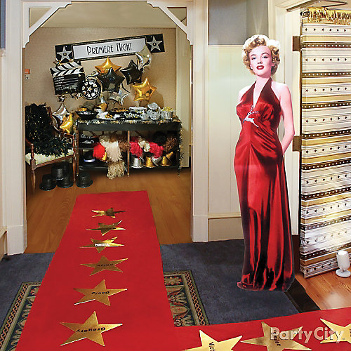 Red Carpet Entrance Decorating Idea