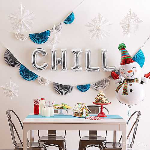 Christmas Party Themes: Cute Holiday Letter Balloon Backdrop Idea