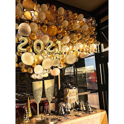 New Year S Photo Booth Props Backdrops Party City